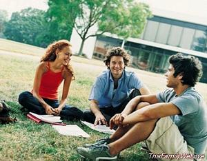 Increase the budget of the Erasmus scholarships 2015/2016