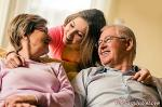 More than 40% of young people in Spain feel indifference towards their grandparents