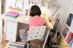 Standing or sitting, what is better for children's health?